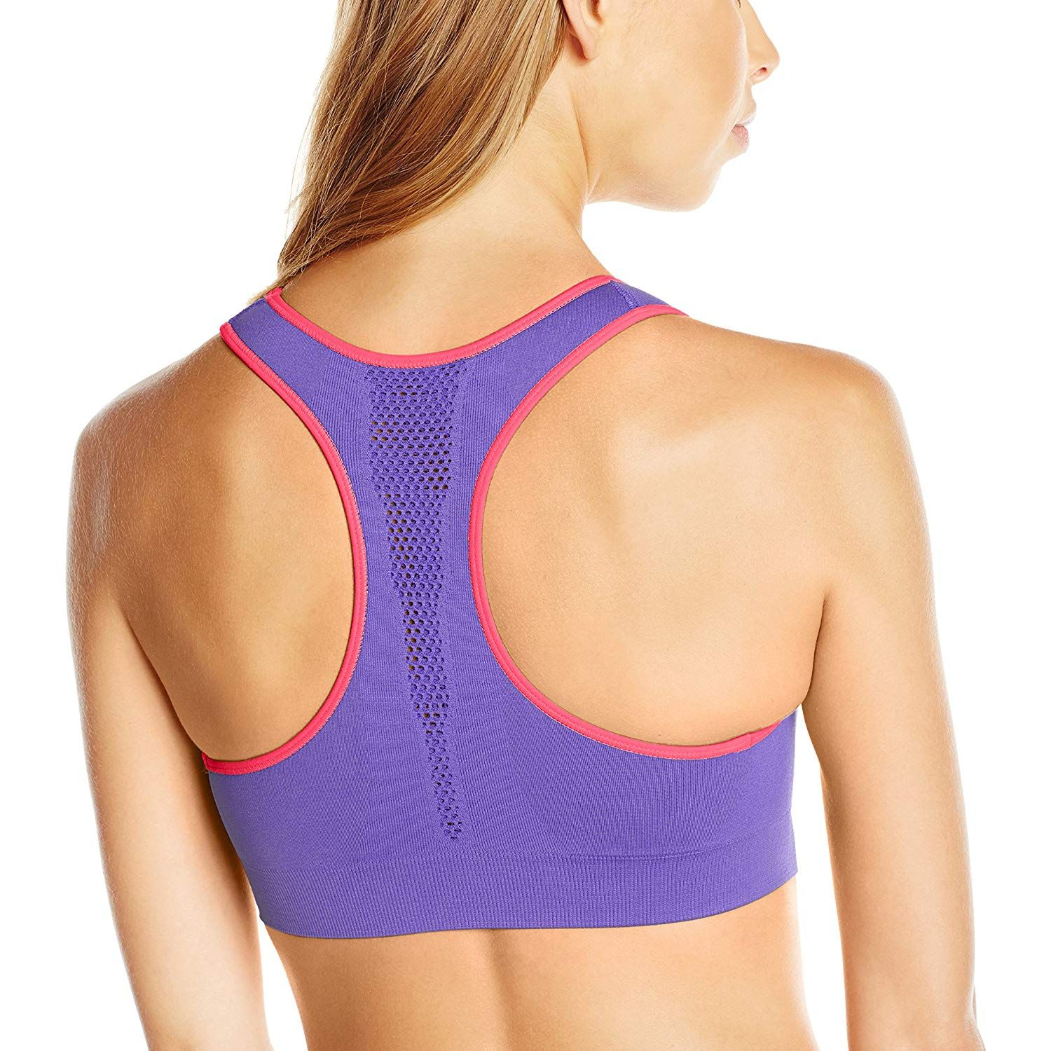 10dd4a73ba Champion The Infinity Shape Racerback Seamless Sports Bra (B0826) at Amazon  Women s Clothing store