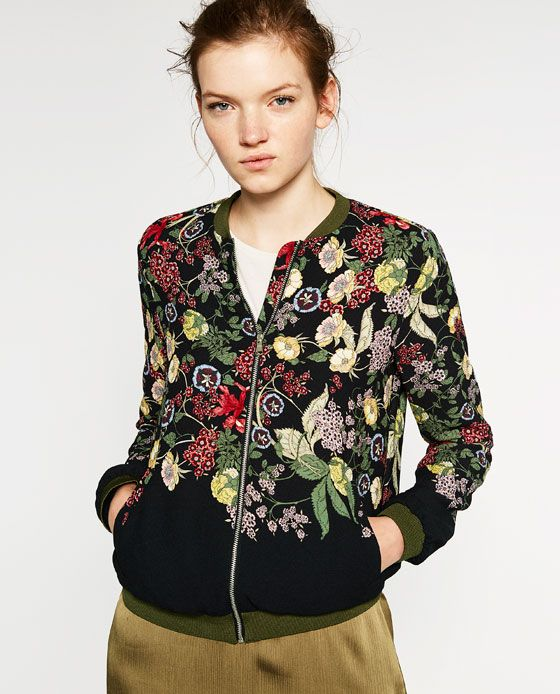 Imagen 3 de BOMBER BORDADA FLORES de Zara | Chaqueta floral