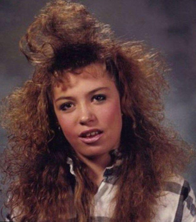 80er Jahre Frisur Frauen Lange Haare Helle Haarfarbe 2019