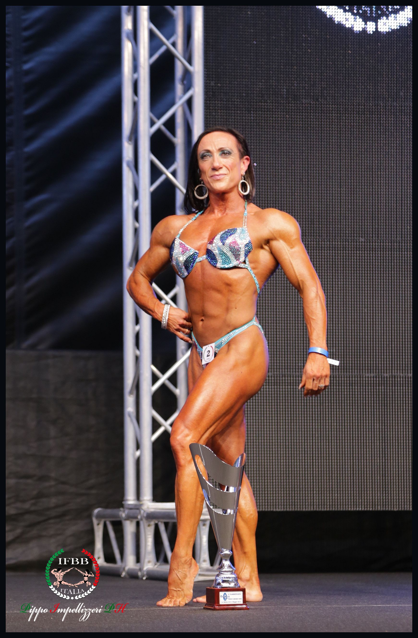 Bodybuilder femminile online dating