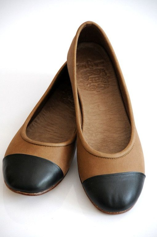 Black and brown leather flats