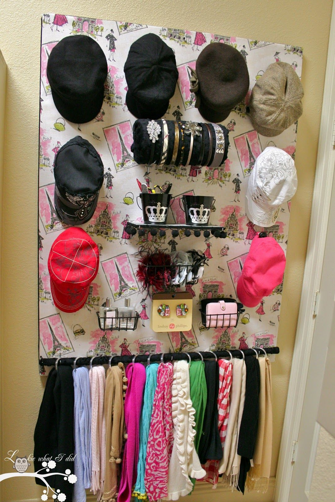Lookie What I Did: A Closet Organizer for Her