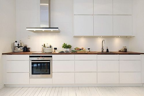 Single-wall kitchen -3 drawers, white cabinets, 3m of bench space and 1.8m of uppers