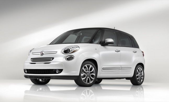 Pictures Of Four Door Fiat 2013 Fiat 500l 4 Door Heads To Long