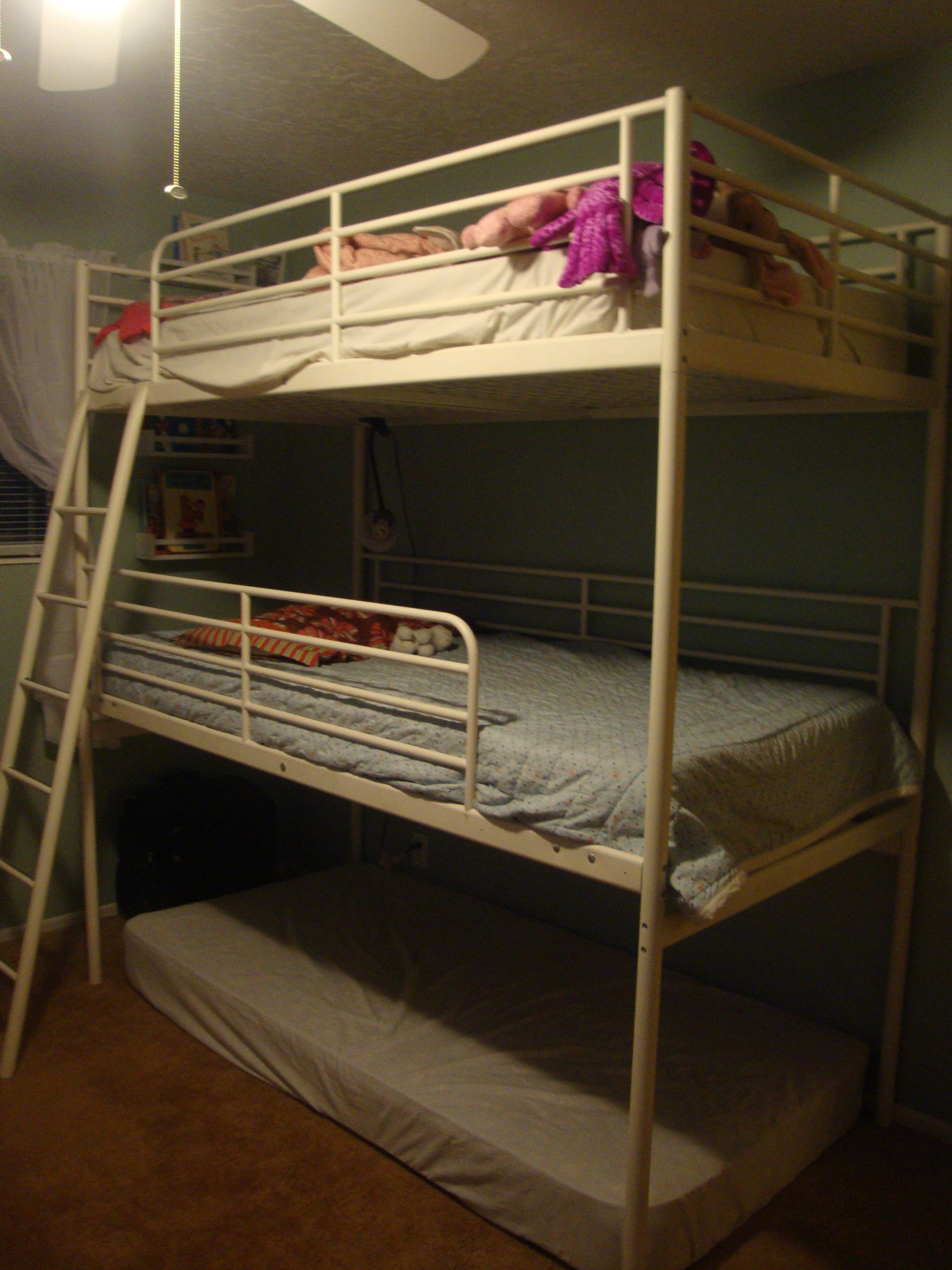 Diy Triple Bunk Bed 2 Ikea Loft Beds Home Bedrooms Triple Bunk Beds Bunk Beds Kids Bunk Beds