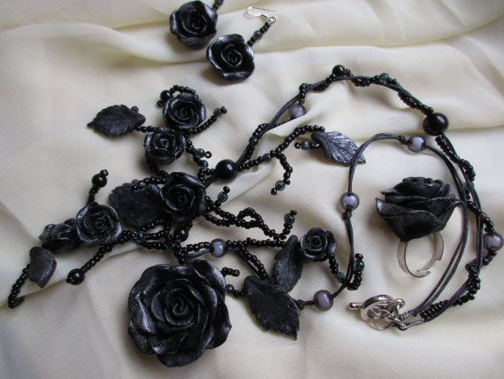 Black Roses Jewellery set Polymer clay Necklace Ring by Gallysart