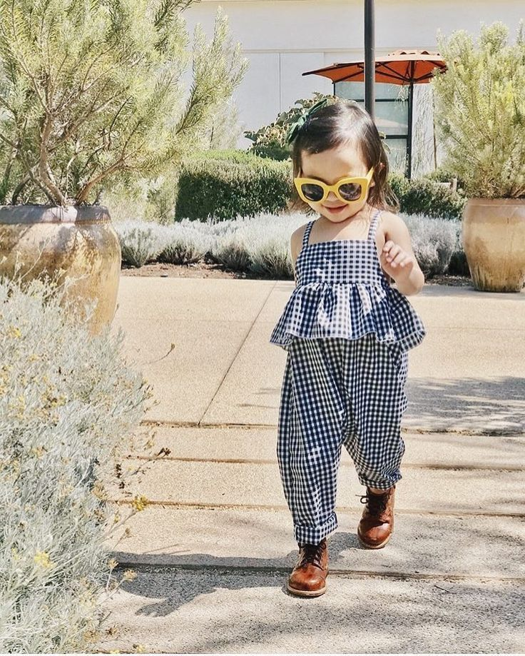 Gingham ruffle jumpsuit #parenting