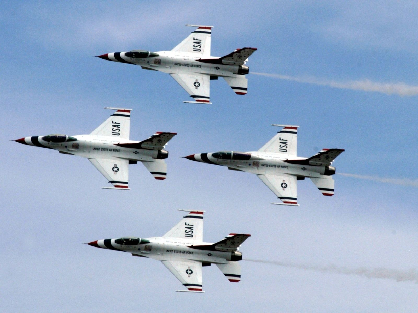 I love the Air Force Thunderbirds