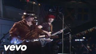 Stevie Ray Vaughan & Double Trouble - Texas Flood - YouTube