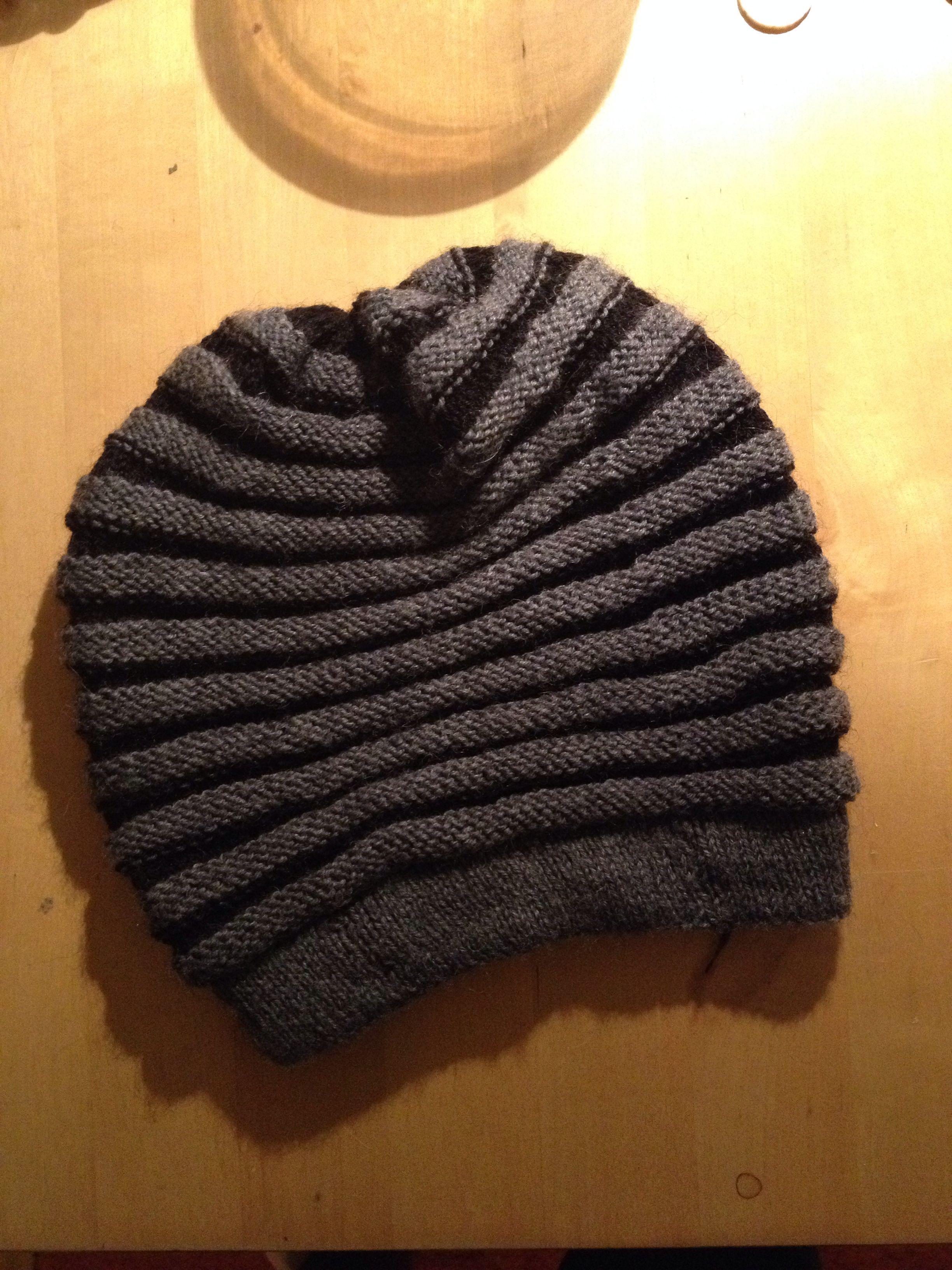 996a20de895 wurm hat http   www.ravelry.com patterns library