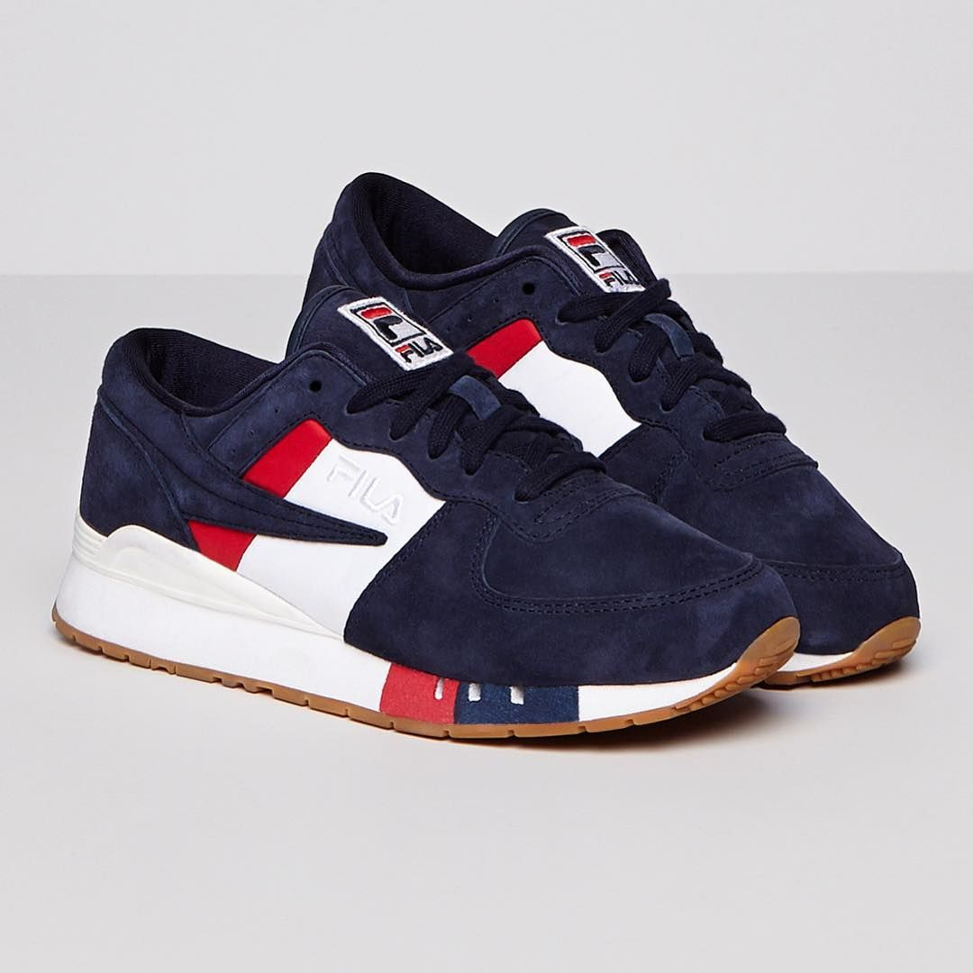 f982c6193865 Just because summer s faded doesn t mean your style has to!! The women s   FILA Original Running Chiara is a must this fall season. Shop…