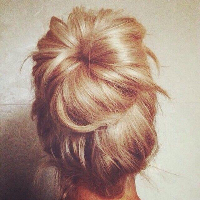 Wedding Hairstyle Knot Me Pretty: Instagram Post By Penteados (@penteadosdodia)