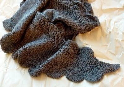 Double Leaf Knitting Pattern : double Leaf Saroyan scarf pattern free from Ravelry. DIY Knitting 3 Pinte...