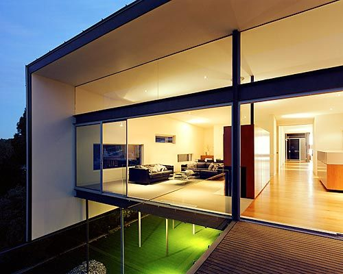 Incredible House Design for Giving Natural View: Fancy Upstairs ...