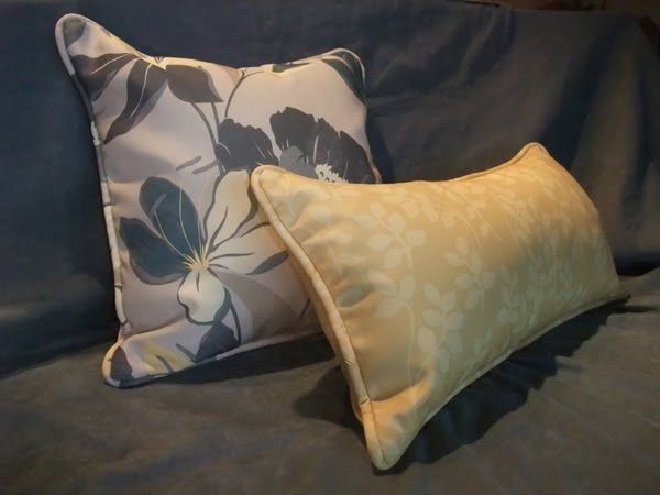 Amy's Fabrications: Pillow Covers