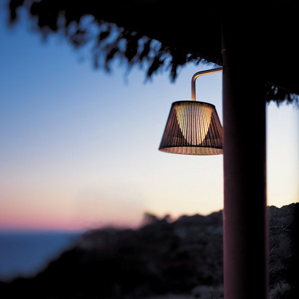Romeo outdoor w1 by philippe starck contemporary designer lighting by flos