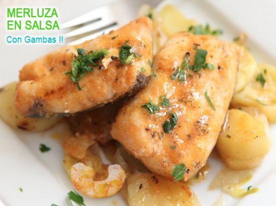 merluza en salsa con gambas y patatas al horno