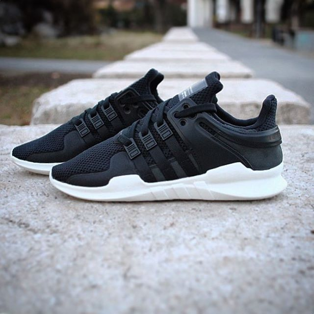 Adidas EQT Support ADV: Core BlackCore BlackPowder Blue