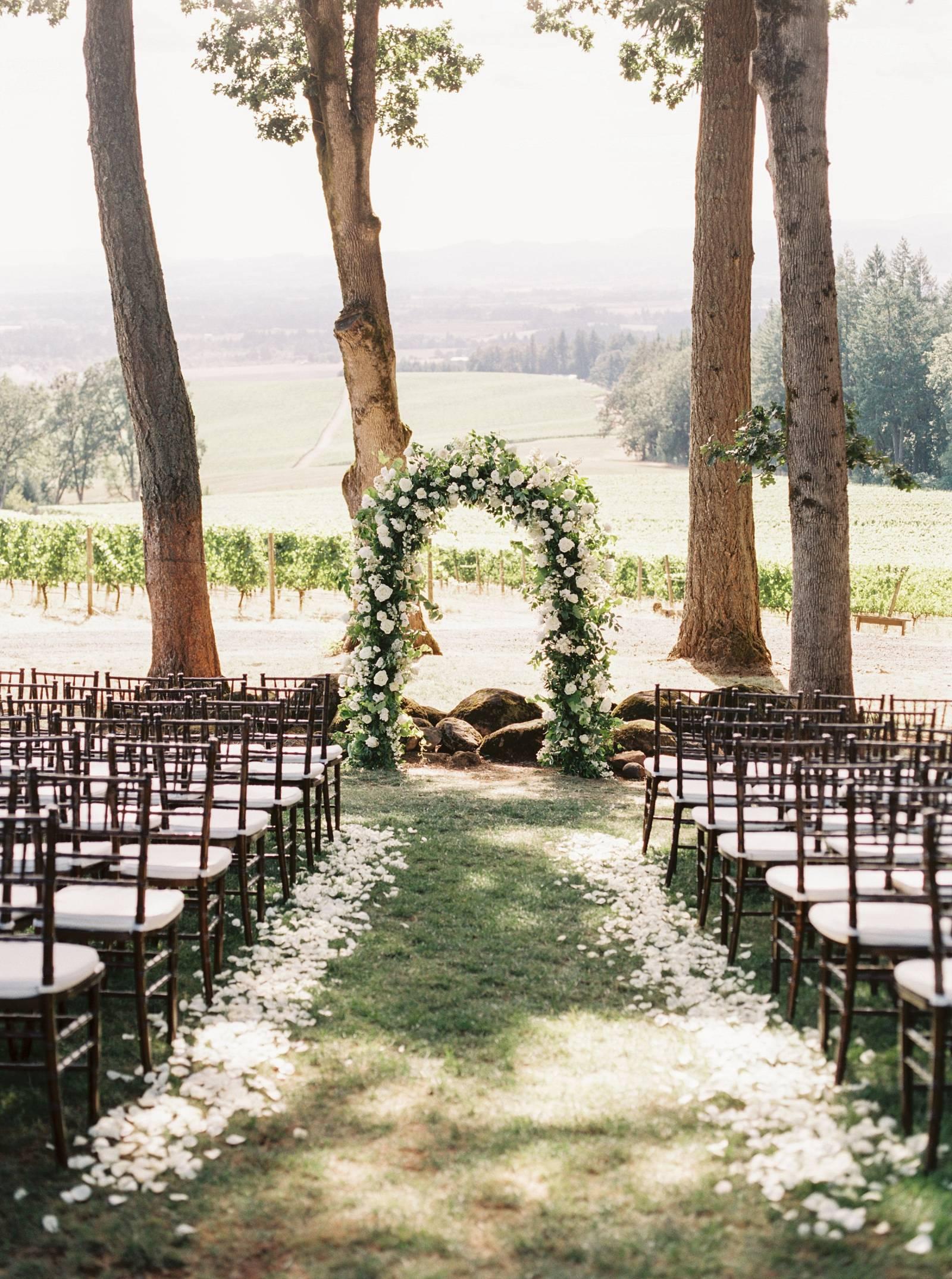 Romantic Outdoor Wedding at Vista Hills Vineyard