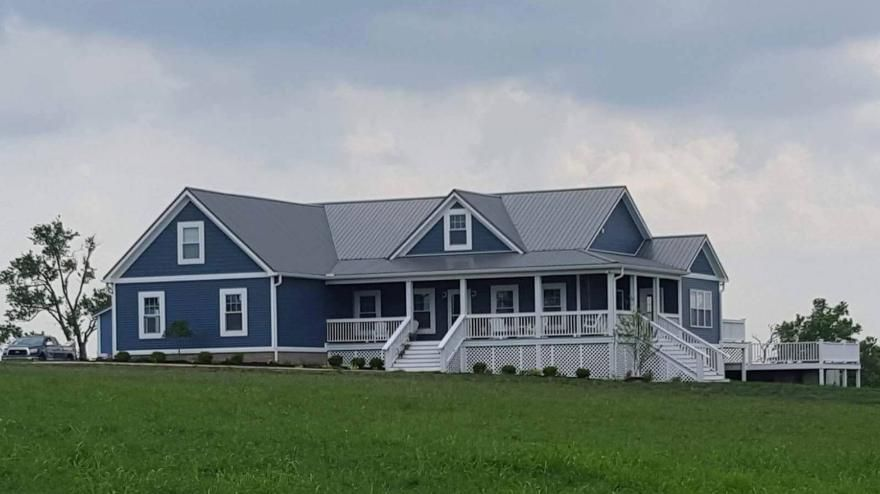 5 Star Roofing A Rating With The Bbb Winchester Ky Richmond Ky Shingle Roofer Metal Roofer House Exterior Blue Blue Siding Metal Roof Houses