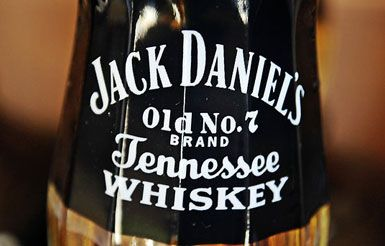 http://www.whiskypapa.com/wp-content/uploads/2011/09/Tennessee-Whiskey.jpg
