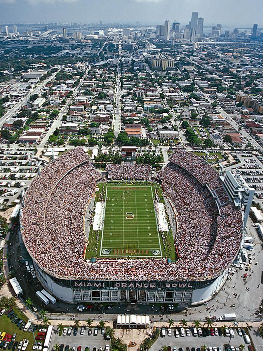 Miami Hurricanes Orange Bowl Stadium The Games The U And The Dolphins The Pa University Of Miami Hurricanes Miami Hurricanes Football University Of Miami