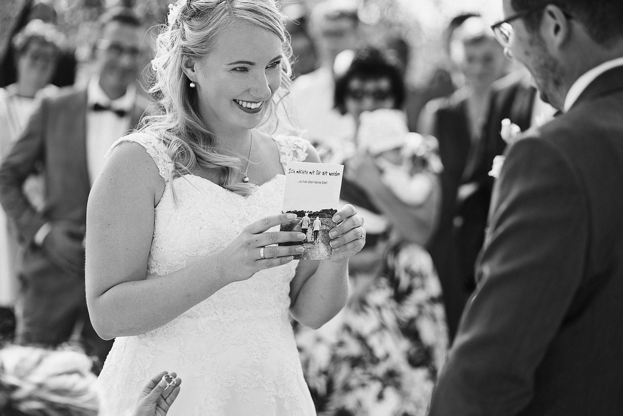 Als Hochzeitsfotograf in Leipzig bei einer Gartenhochzeit