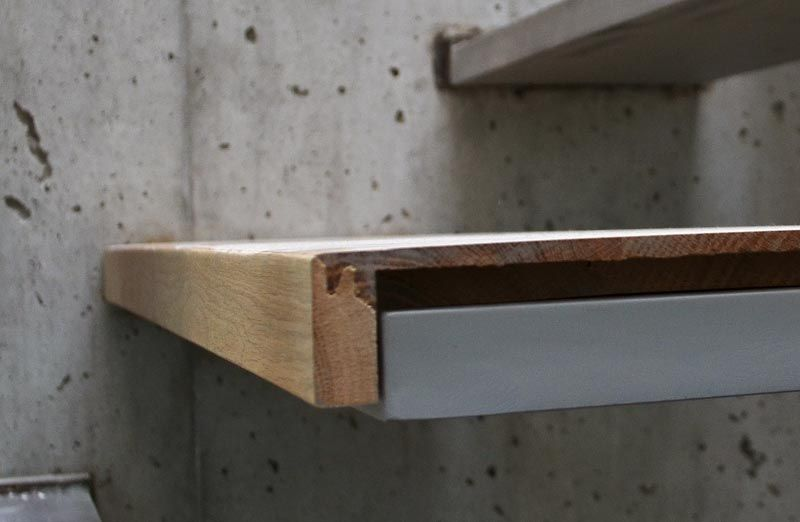 Best Steel Cantilevered Steps Attached To Concrete Wall Wood 400 x 300