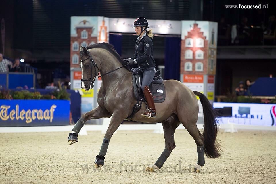 Charlotte dujardin and valegro credit to for 99 f dujardin