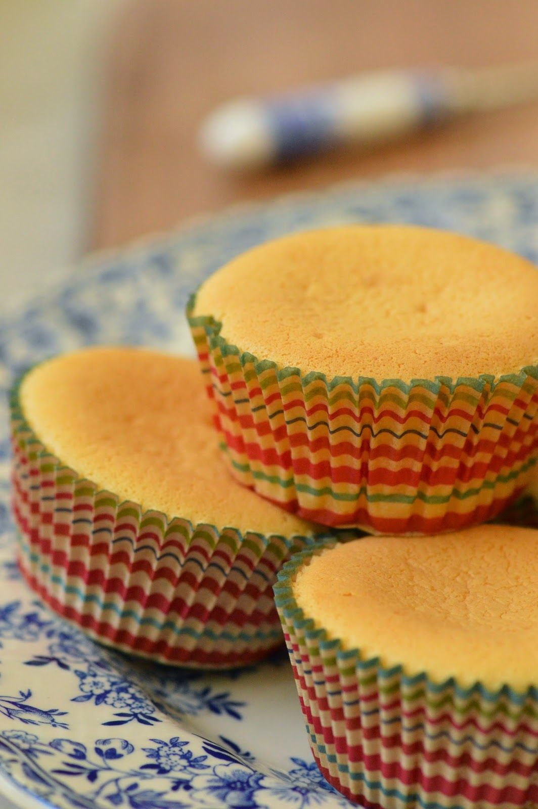 b6a6c2f40b3 Ever thought of making Japanese cheesecake cupcakes  They are fun to make