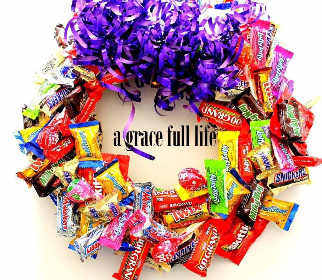The perfect gift for teenagers! Easy to make candy bar wreath.