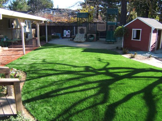 Backyard Golf Course Design tour greens backyard golf courses Tips On Backyard Golf Course Management