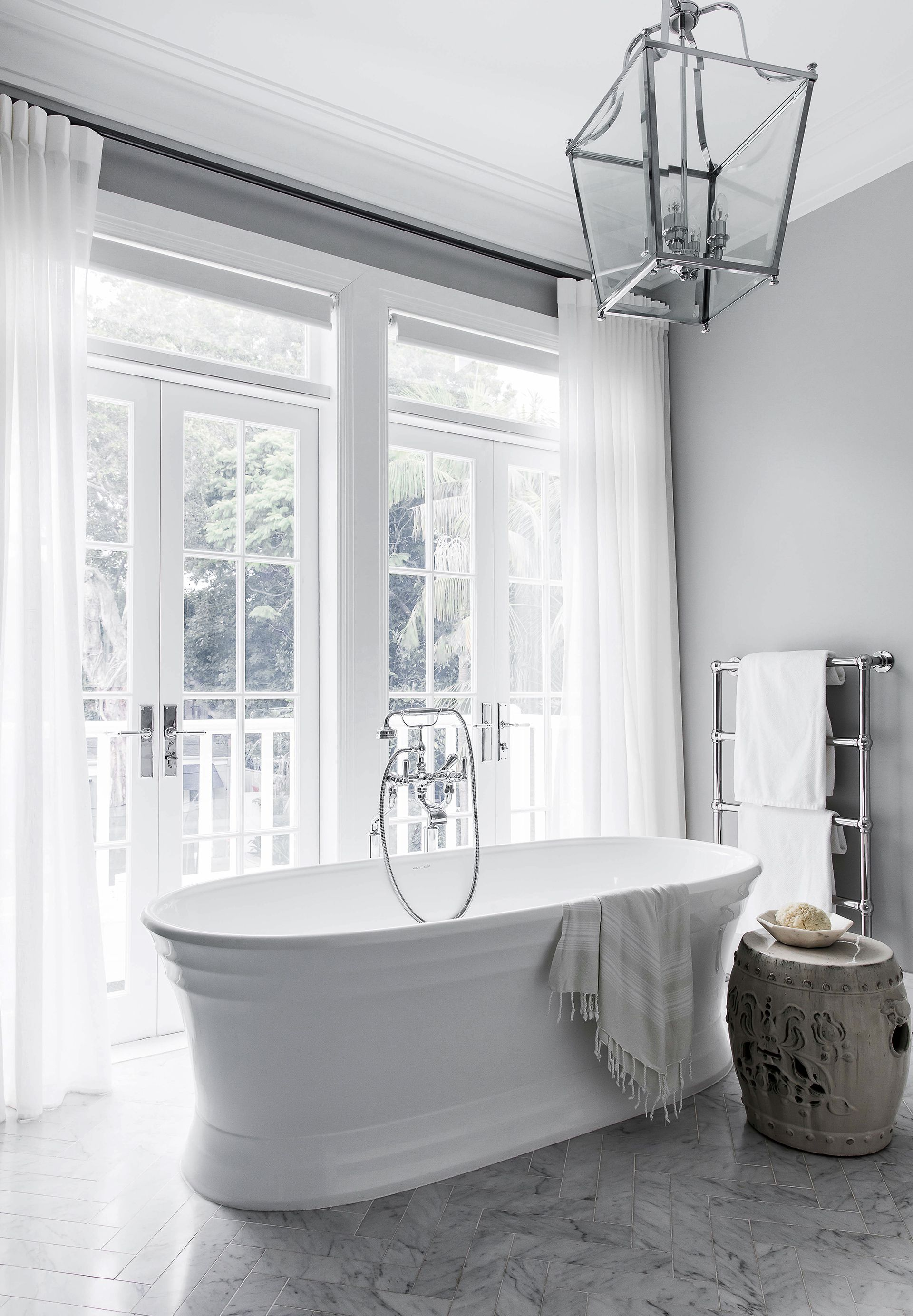 A Luxurious Hamptons Style Home In Sydney\'s East   Bathrooms ...