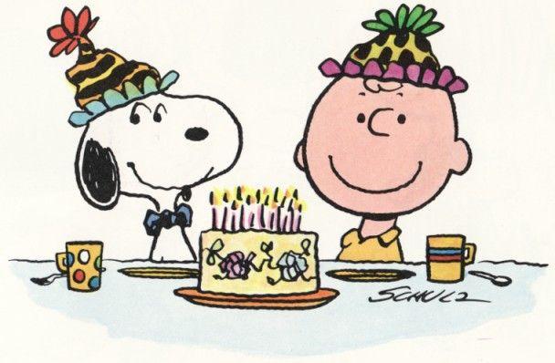 Charlie Brown At 60 Feliz Cumpleanos De Snoopy Cumpleanos Snoopy Y Charlie Brown Y Snoopy