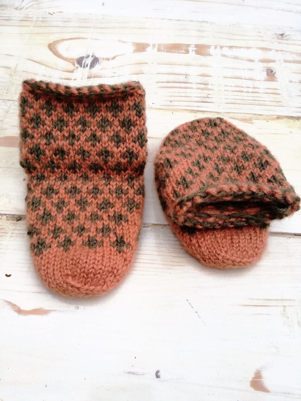 Childrenus handmade Bosnian winter slippers by BosankaStore on Etsy