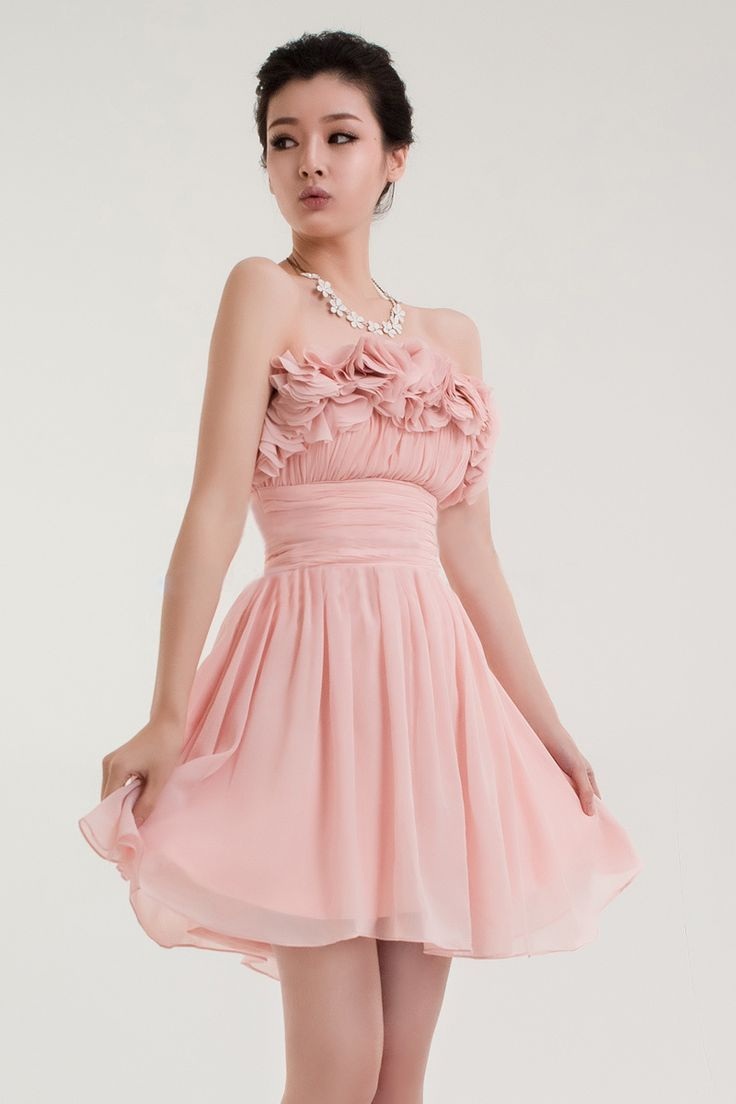 Lovely with petal decoration neckline chiffon above the knee