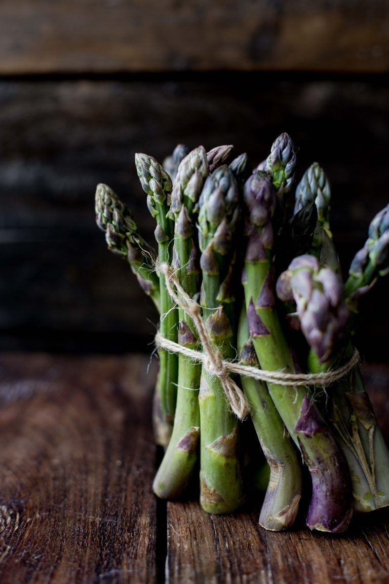 TWO COLORED ASPARAGUS VELOUTE | LEMONS&more | Foodblog by Lilia Jankowska