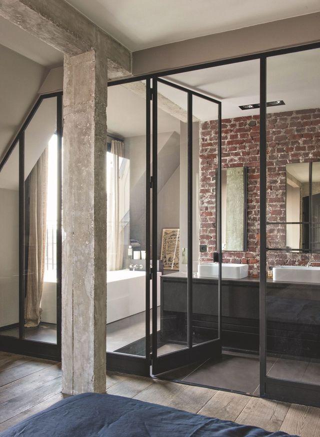 Idées déco pour salle de bains design et moderne Murs de briques - Salle De Bain Moderne Grise