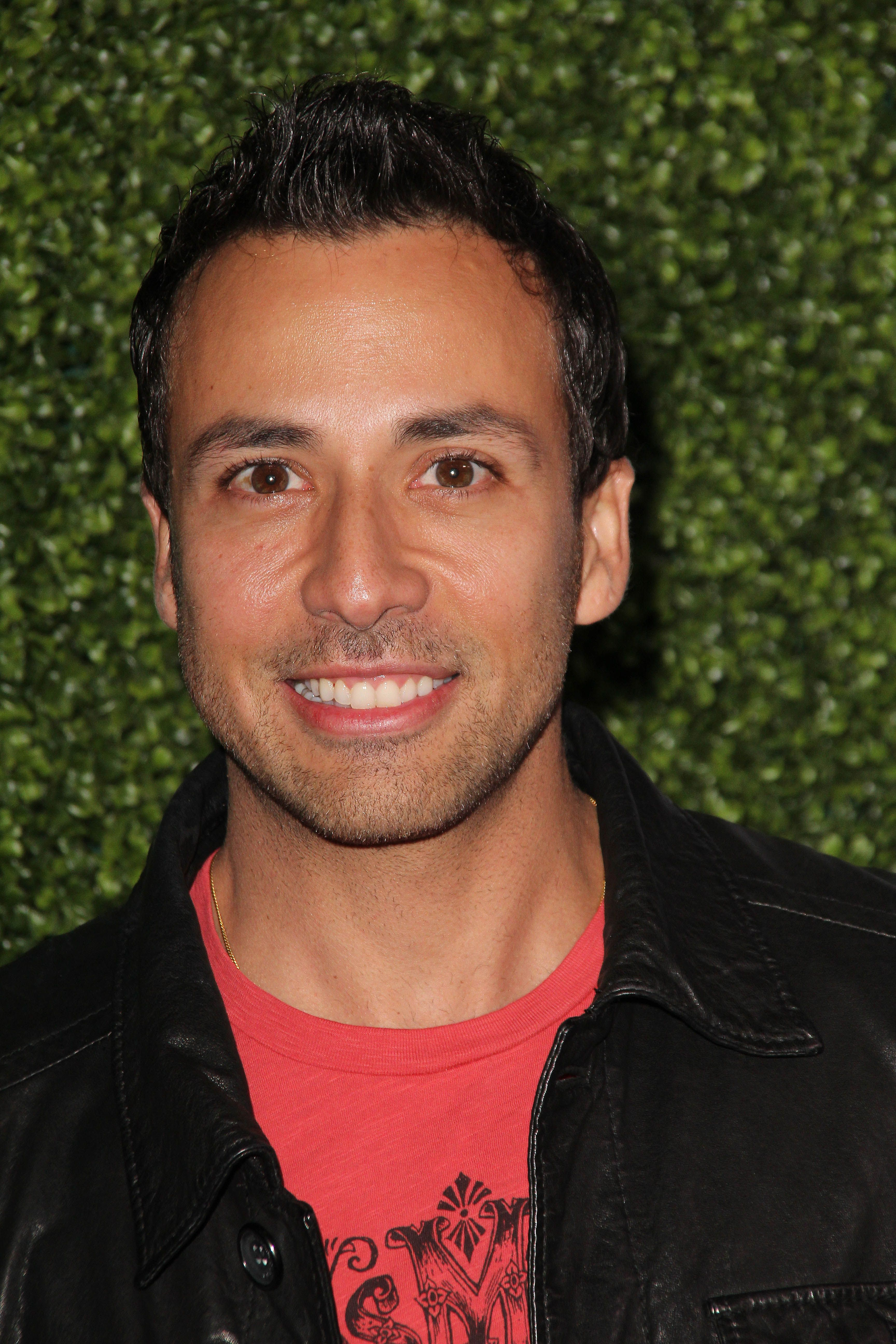 Howie dorough google search shut up howard for Howie at home