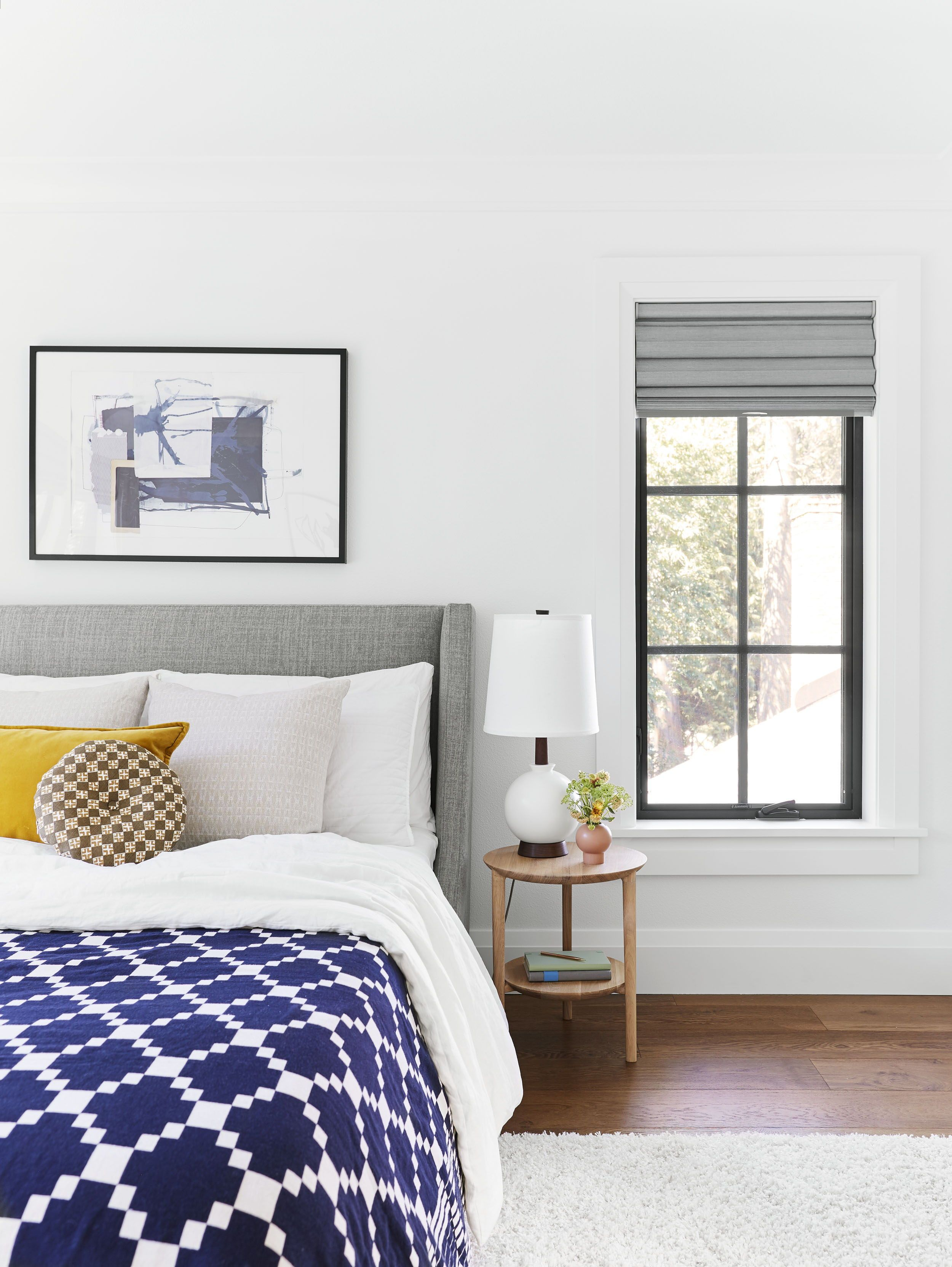 14 Rules To Follow To Design Style The Perfect Bedroom Small Guest Bedroom Small Bedroom Decor Bedroom Decor