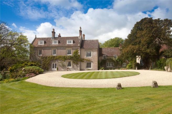7 bedroom detached house for sale in Pertwood Manor Farm