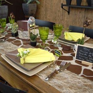 Chemin De Table Anniversaire Joyeux Anniversaire Chemin De Table Table Anniversaire Decoration Anniversaire