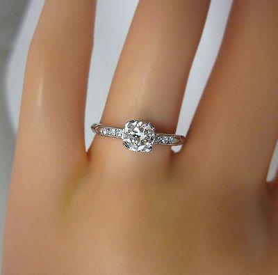 ANTIQUE ESTATE VINTAGE CLASSIC STYLE .70C WHITE DIAMOND PLATINUM ENGAGEMENT RING