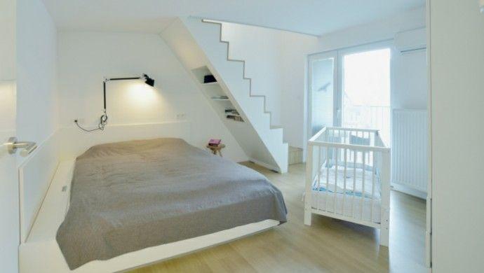 Dachwohnung Einrichten   Profitieren Sie Von Der Farbe Weiß In Allen  Hinsichten
