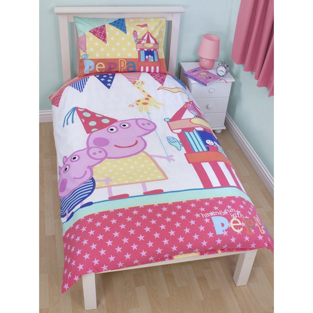 Peppa Pig £50 Bedroom Makeover Kit Duvet bedding, Bed