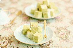 Matcha marshmallows....I want to try them!