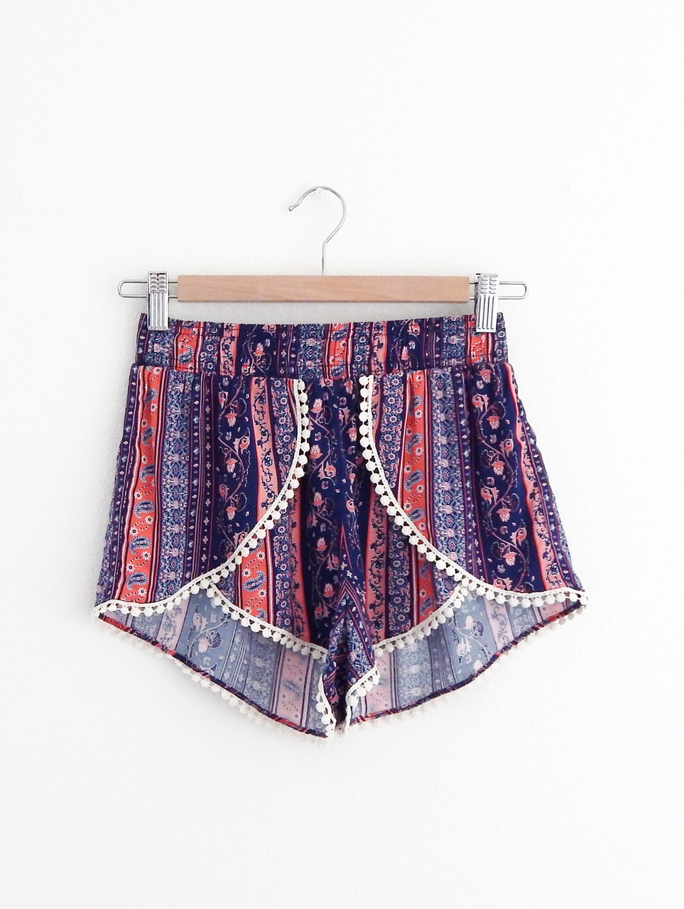 Pom pom & paisley print. Fall in love with the cutest shorts at tautmun.com!