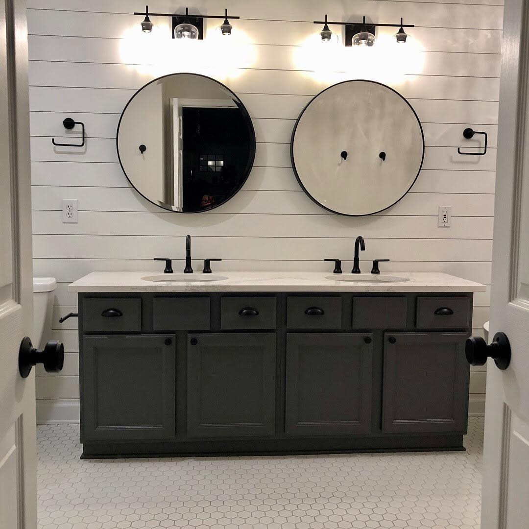 Pin By Patricia Sonnenburg On Furniture Neutral Bathroom Decor Shiplap Bathroom Bathroom Remodel Tile