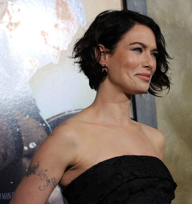 Lena Headey 300 Rise Of An Empire La Premiere Red Carpet Fashion Awards Short Hair Styles Mom Hairstyles Hair Styles