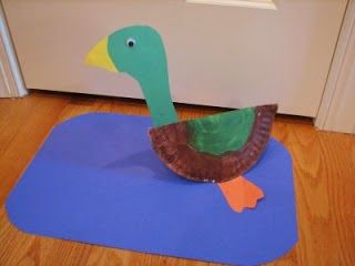 Duck paper plate craft to go with Make Way for Ducklings. From 16 ...